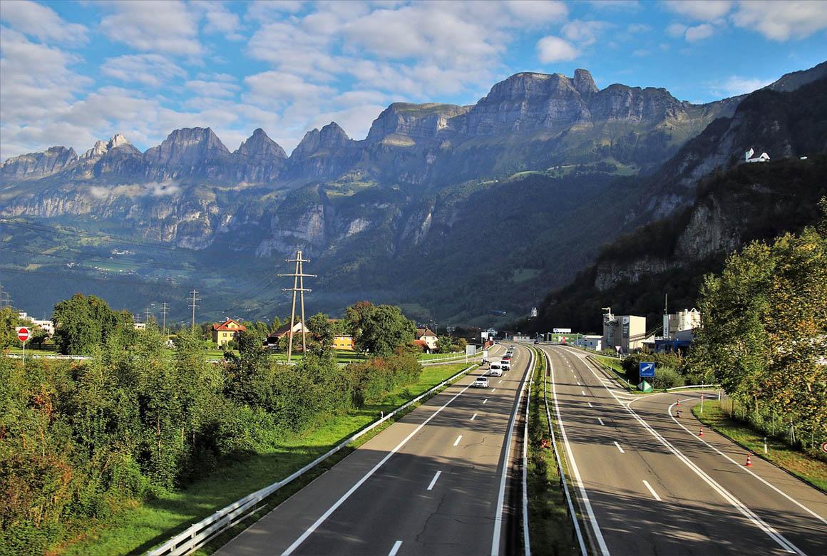 Путешествия на машине: все что нужно знать путешественнику перед поездкой